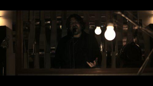 Aisles premiere new live video on Prog magazine