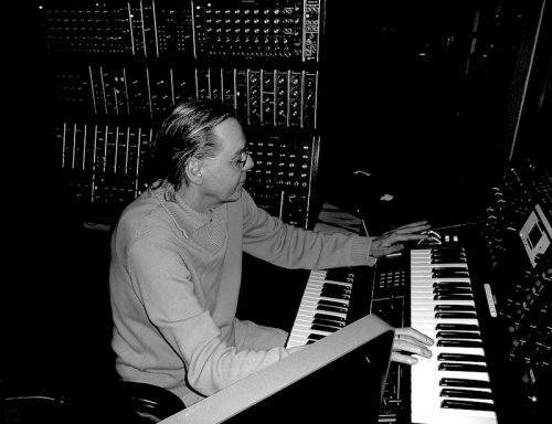 "Klaus Schulze set to release ""Silhouettes"""